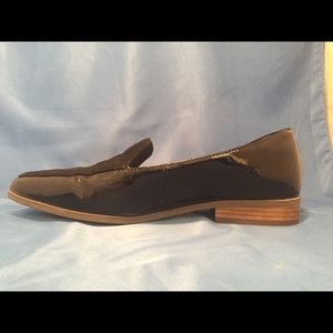 Dr. Scholl's size 9 patent and velvet loafer